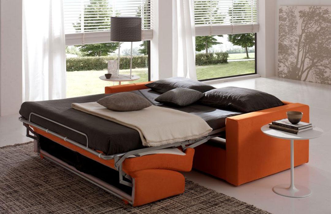 Divano letto matrimoniale montecarlo materassi molteni - Letto a divano ...